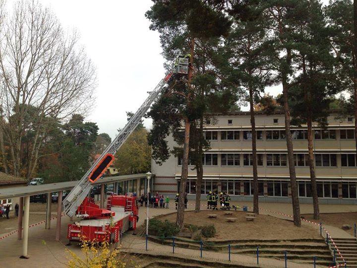 Vielen Dank an die Feuerwehr Hohen Neuendorf LZ1! Heute drohte in der Schulzeit …