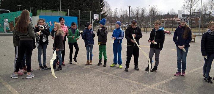 Unsere Schüler in der Karsikon koulu, Joensuu, Finnland:Yesterday 16 pupils and …