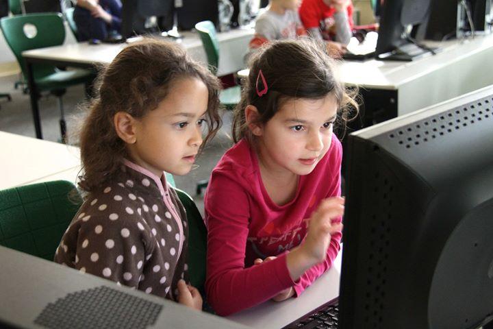 """Vortrag für Eltern  """"Kinder und digitale Medien. Verändertes Heranwachsen und ne…"""